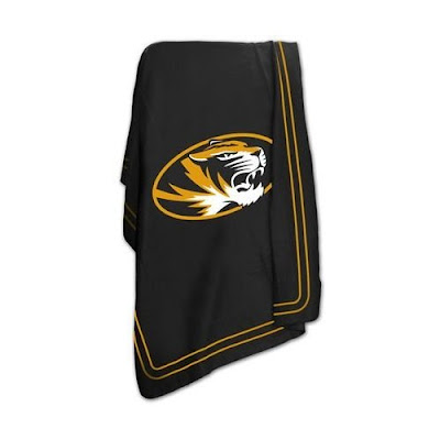 Black MU Tigers fleece blanket with a Tiger logo.