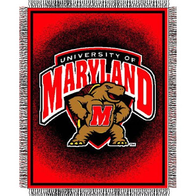 University of Maryland Terrapins blanket with Testudo the mascot on a red background.