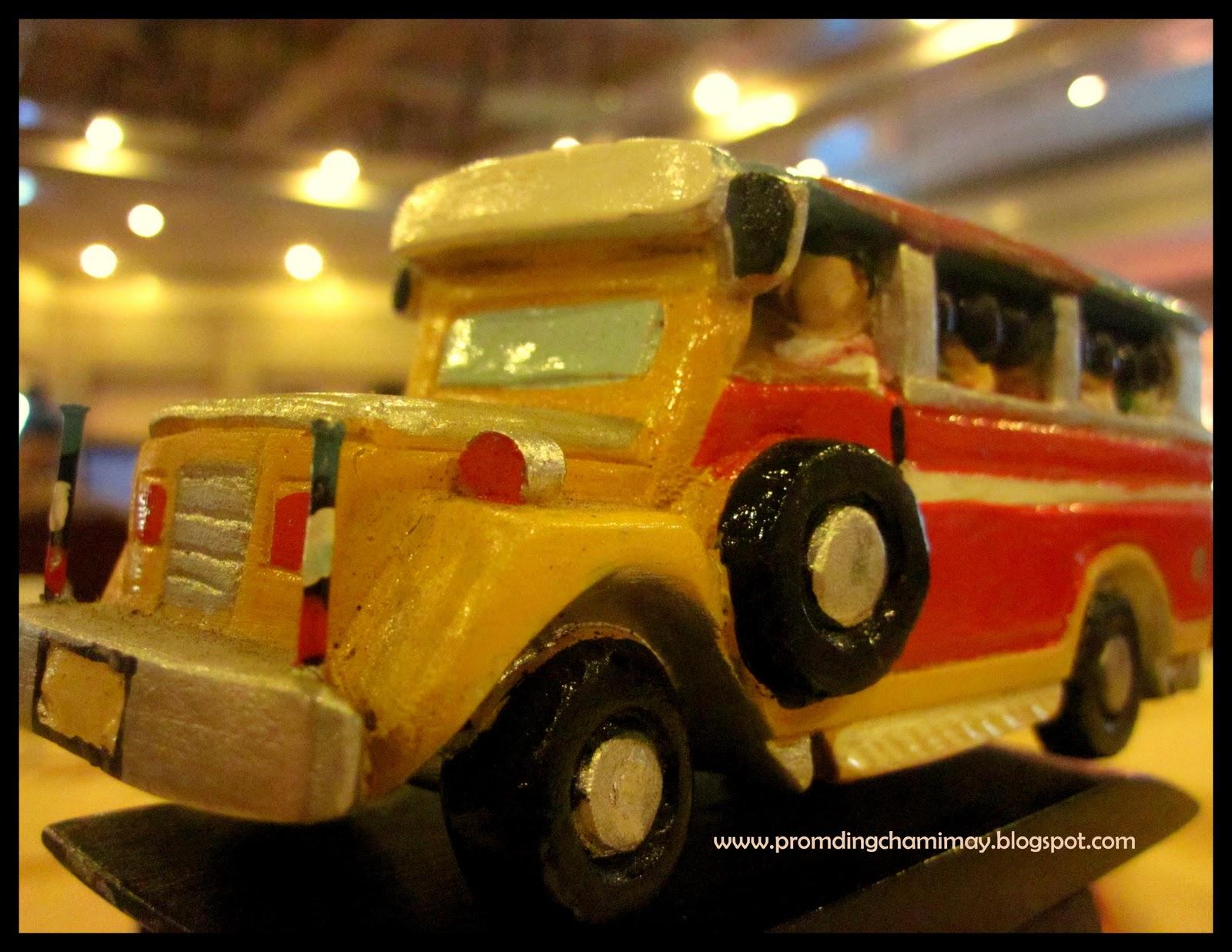http://2.bp.blogspot.com/_8HPo3fAMpn0/TMxIiwh7hcI/AAAAAAAAAac/0rH7Xoc_cZc/s1600/the+jeep!.jpg