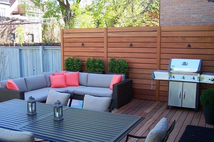 Landscape designer privacy screen for Creating privacy on patio