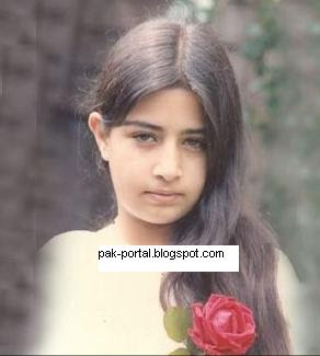 Atiqa Odho Family http://www.showbizpakblog.com/2008/11/pakistan-celebrities.html