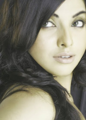 WELCOME TO ALL GIRLZ WALLPAPERS: Pakistani Actresses