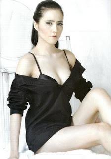 Angel Lelga Foto artis, gambar artis indonesia, artis bugil, artis telanjang