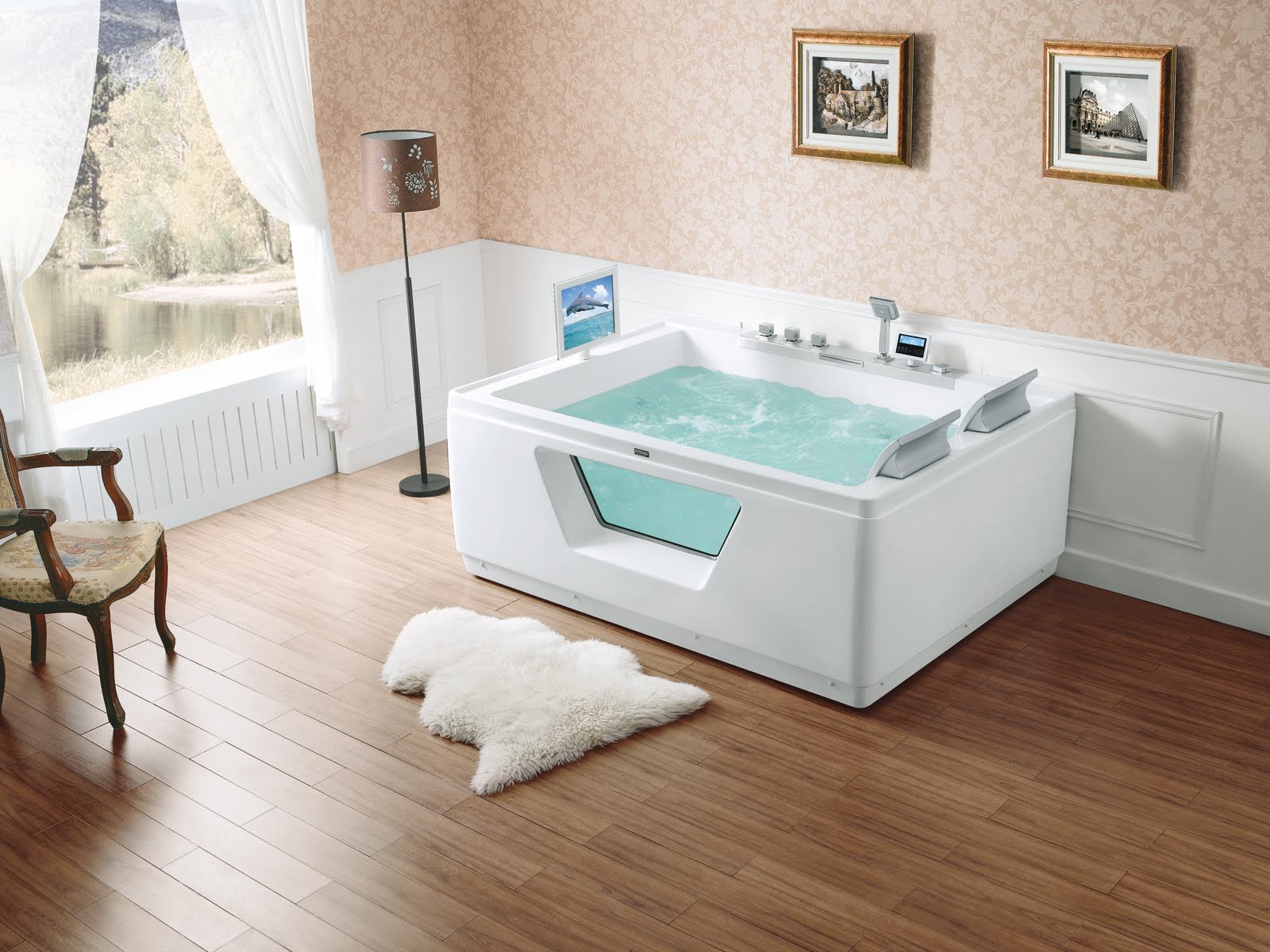 Luxury Whirlpool Baths From Ssww