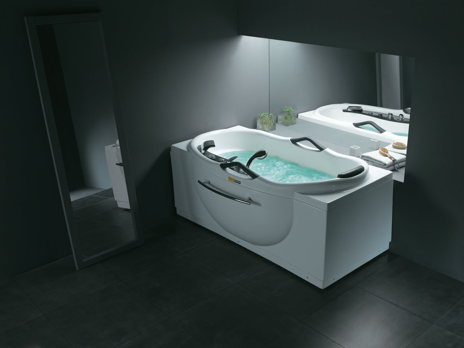 Plymouth Whirlpool Baths From Ssww