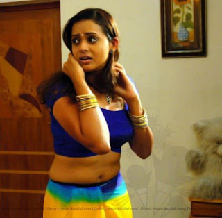 bhavana navel hot