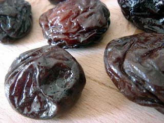 ameixa plum prune dried fruits