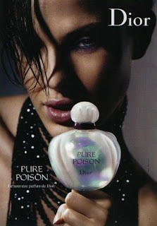Dior Pure Poison perfume da rosa negra top model Leticia Birkheuer