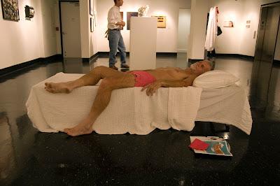http://2.bp.blogspot.com/_8KanshSNrLE/TDajAGhpx_I/AAAAAAAAAsc/7FtbmKbC-d0/s400/BigShow+Bobby+napping.jpg