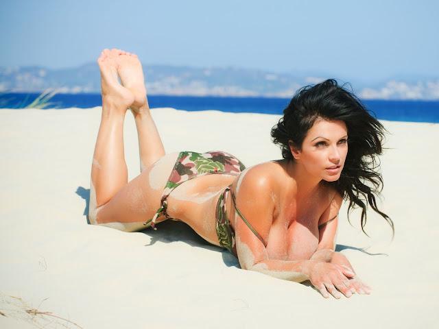 Army Bikini Denise Milani