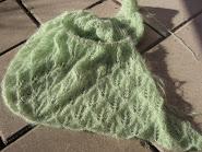 Spetsstickad sjal