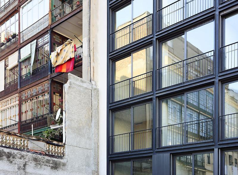 Bach arquitectes a f a s i a - Calle casp barcelona ...