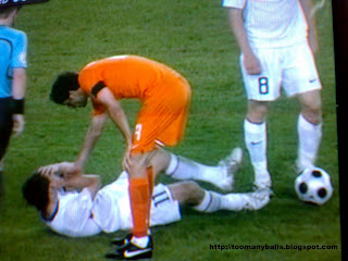 Euro 2008:Russia v/s Holland:toomanyballs