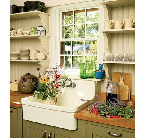 Kitchen Sink Farm Style : Modern Life in an Antique Farmhouse: Farmhouse kitchen sinks