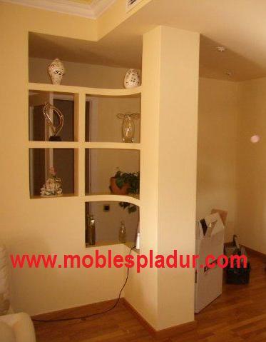 Pladur barcelona separador con estantes de pladur - Muebles pladur para salon ...