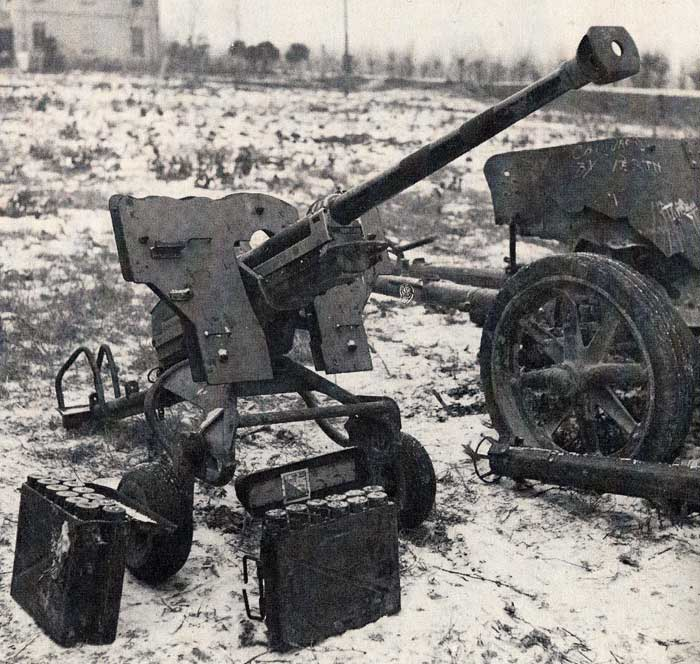 Image result for German 2.8cm schwere panzerbuchse 41 anti-tank gun