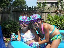 Goggle Girls