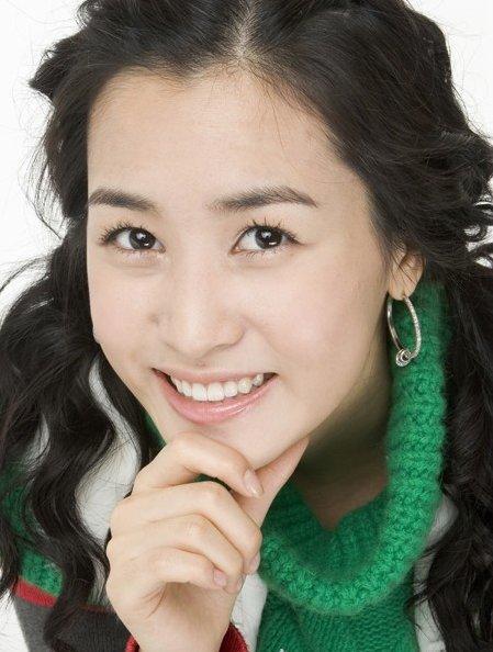 Lee Da In - Wallpaper