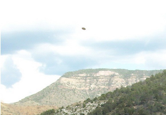 Old UFO photos 1870-2008: 2005-