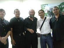 Maestros del grupo la tribu Baraji y yo