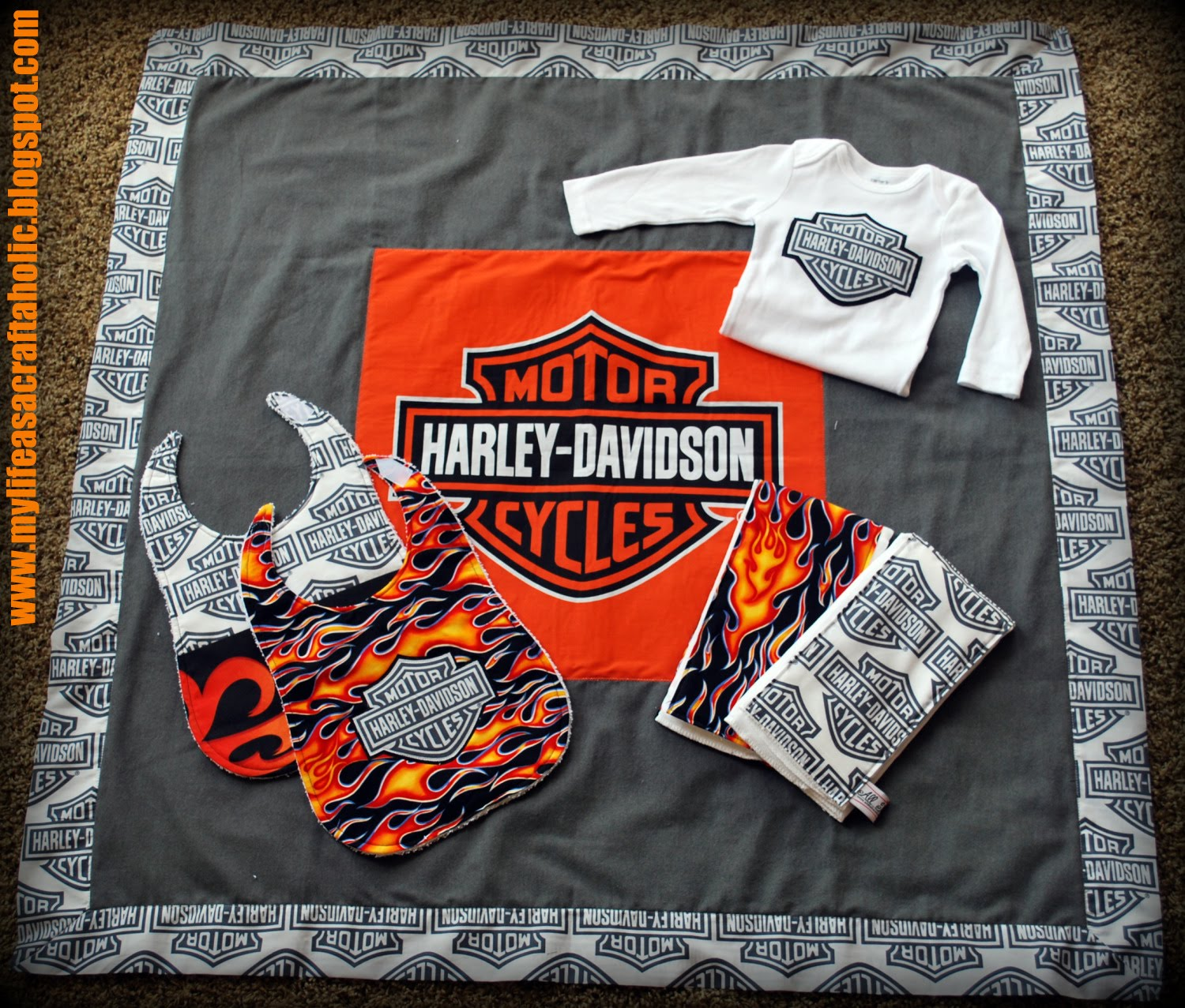 my life as a craftaholic!: fun with Harley Davidson