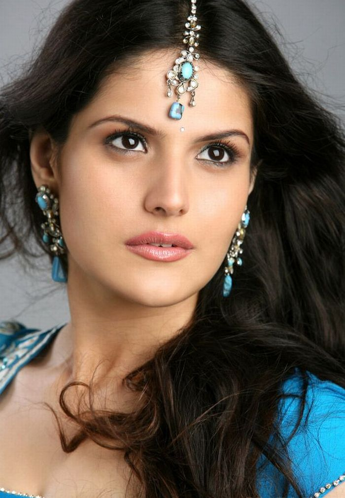 Bollywood Dream Girl Zarine Khan | ~Picx~ : Shahid Kapoor ...