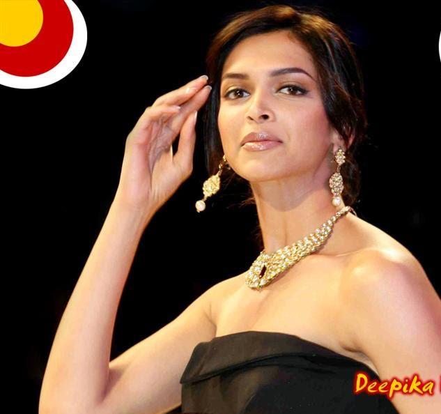 Picx~: Deepika padukone 100 sizzling Images