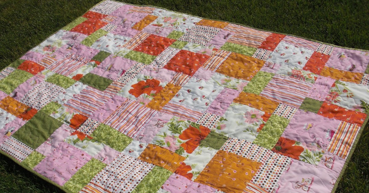 Obsessively Stitching: Tablecloth Quilt