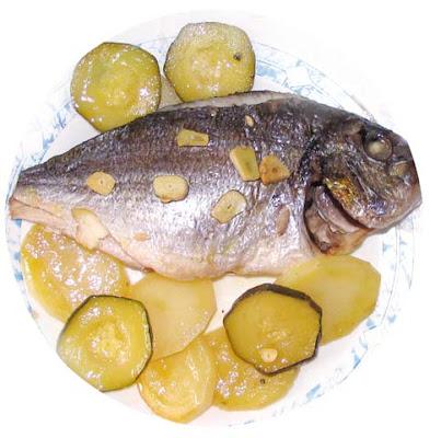Salmorrejo doradas al horno tradicional for Criadero de pescado
