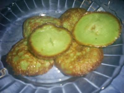 ... bolu kojo merupakan salah satu makanan khas Palembang yang selalu