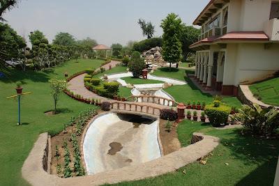 Shiva Oasis Resort Behror