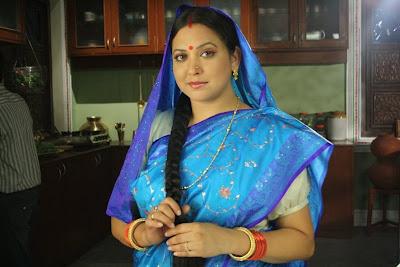 Surbhi Tiwari in Agle Janam Mohe Bitiya Hi Kijo