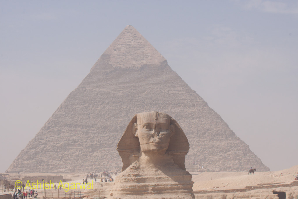 A comparison of the size of the Great Sphinx and the Great Pyramid in Giza
