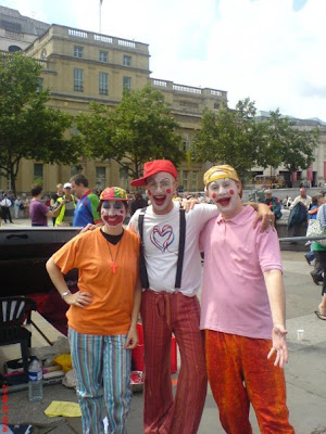 Clowning in the capital
