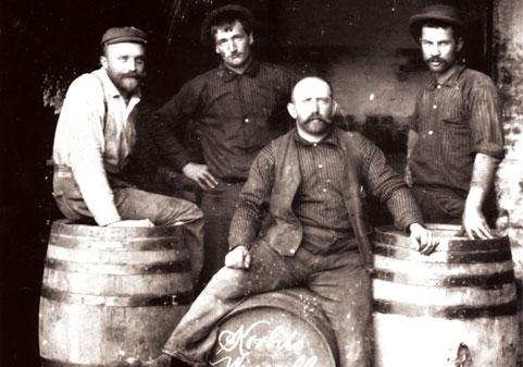 Schiller Wine German Wine Makers In The World The Korbel