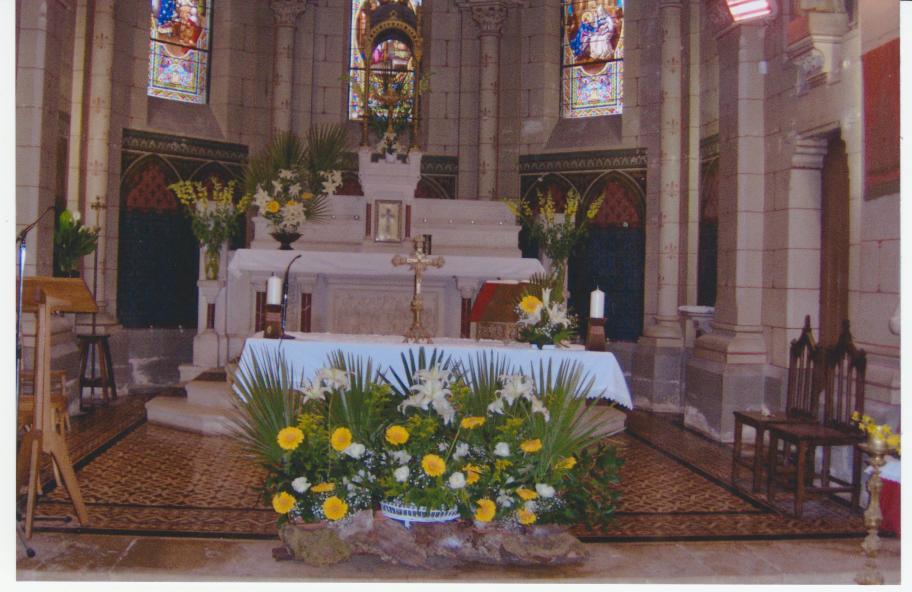 Magnifique messe de Pâques avec la participation de la chorale ...