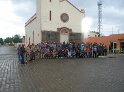 Bacamarteiros na frente da igreja de Fátima, em Flores