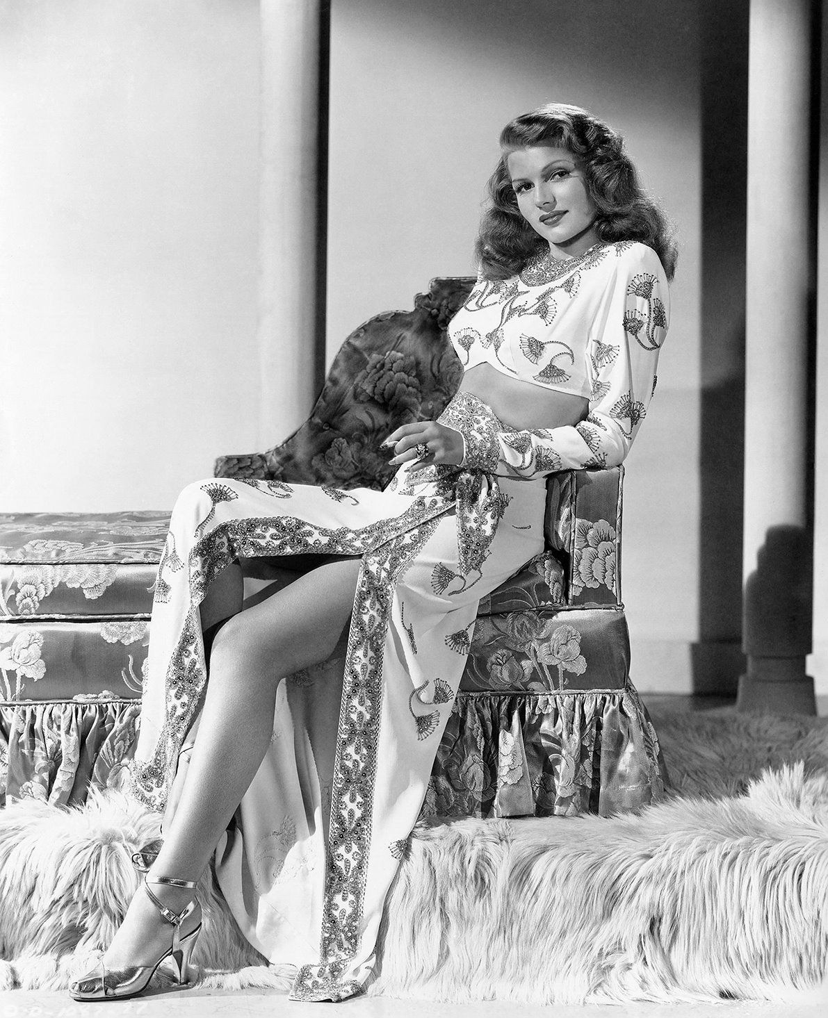 Rita Hayworth - Wallpaper