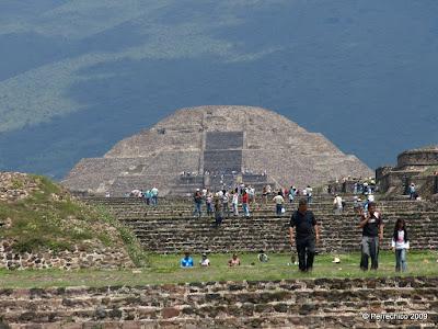 Pirámide de la Luna, Teotihuacan, México