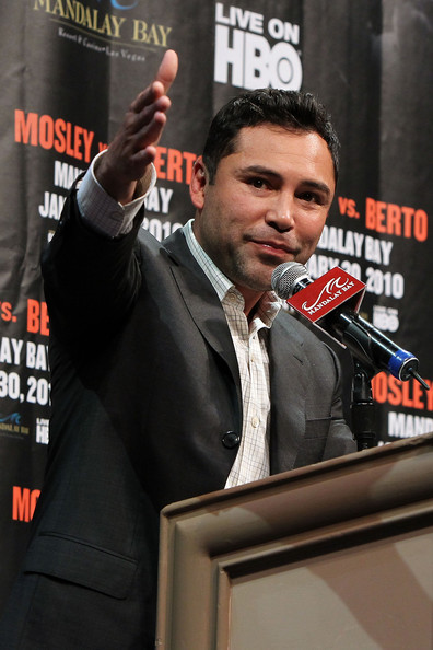 oscar de la hoya family. Promoter Oscar De La Hoya of
