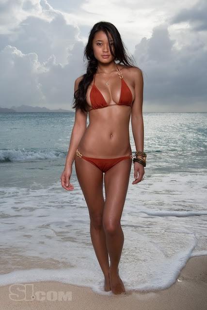 jarah mariano bikini