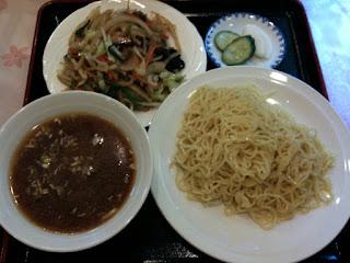 越谷市中国料理翡翠(ひすい)のつけ麺