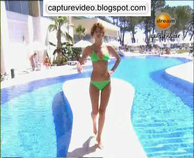 sed akman yeşil bikinili