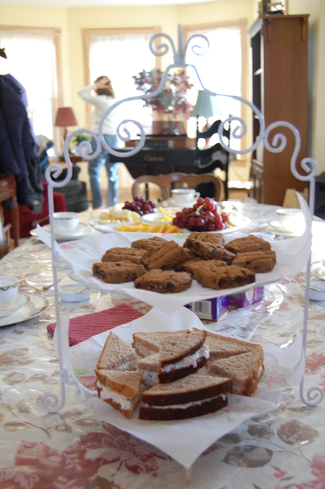 [Tea+Party+070.JPG]