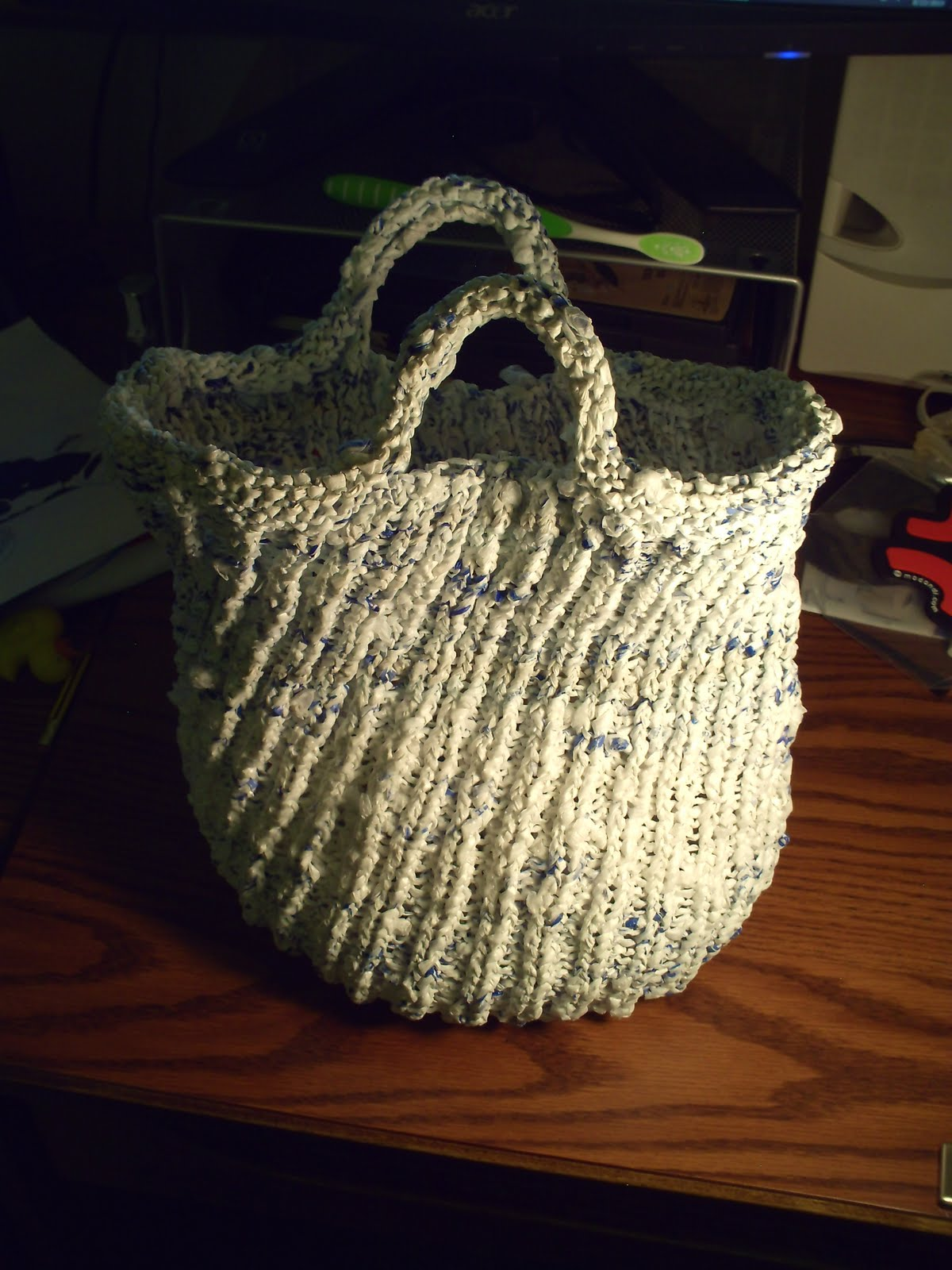 Garden of Forking Paths: Plarn Knit Bag Pattern