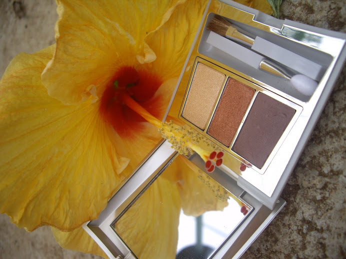 CARING COLORS EYE SHADOW TRIO COMPACT, SUNRISE GLOWS