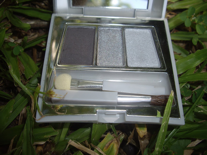 CARING COLORS EYE SHADOW TRIO COMPACT, SILVER STAR SEA