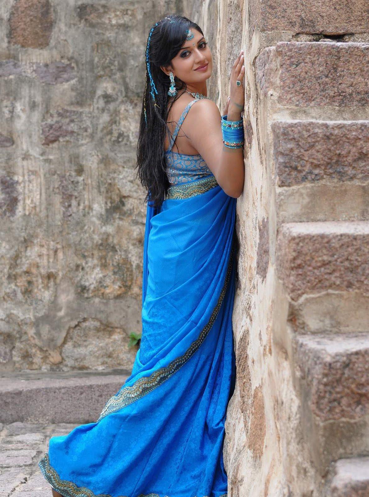 Actress vimala raman hot saree photos actress photos gallery actress vimala raman in saree photos123actressphotosgallery thecheapjerseys Gallery