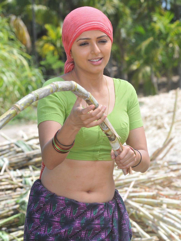 http://2.bp.blogspot.com/_8eD2d_e-aJU/TJNUr9I5GkI/AAAAAAAABrI/s1CBiw40CTM/s1600/malayalam-actress-Bhoomika-n-blouse-stills_123actressphtoosgallery.com_(2).jpg