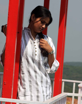 Tollywood Actress Kalyani Soorya Kiran hot Photos Gallery+123actressphotosgallery.com